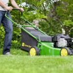 john_deere_run46_walk_behind_lawnmower_1200x800